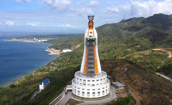 96m 높이의 마리아상이 필리핀 바탕가스에 건설 중이다. 최종 완공은 2021년이다.[사진 바탕가스]