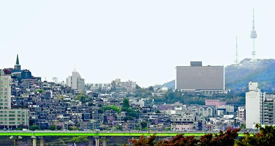 서울 용산구 한남뉴타운 3구역 재개발 현장의 모습. [연합뉴스]