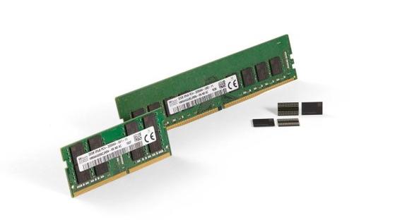 SK하이닉스가 개발한 3세대(1z) 10나노급 16Gb DDR4 램                [사진 SK하이닉스]