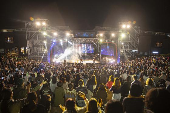 지난 10월 12일 강원도 춘천시에 위치한 KT&G 상상마당 춘천에서 '2019 상상실현 페스티벌'이 화려한 막을 올렸다. [사진 KT&G]