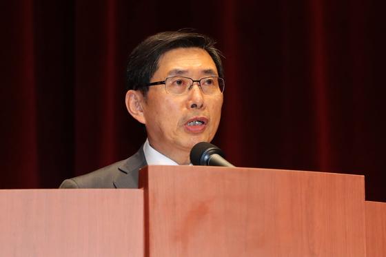 박상기 전 법무부 장관이 9월 9일 경기도 과천시 정부과천청사에서 열린 이임식에서 이임사를 하고 있다. [뉴스1]