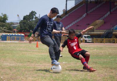 이영표 해설위원(사진)을 비롯한 2002 월드컵 4강 신화 주역들이 자선단체 한국컴패션과 손잡고 불우한 어린이를 돕기 위한 '컴패션 에이매치' 행사를 연다. [사진 올리브크리에이티브]