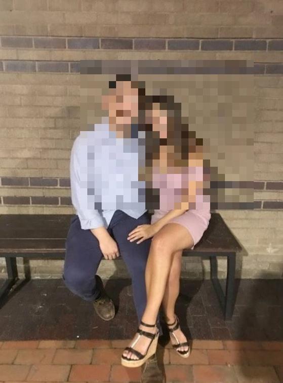 보스턴 서퍽카운티 지방검찰은 전 보스턴칼리지 학생 한국인 여성 A씨(21)를 과실치사 혐의로 기소했다. A씨는 같은 학교에 다니던 남자친구 B씨가 극단적 선택을 하도록 부추긴 혐의를 받고 있다. 사진은 A씨와 B씨가 사귀는 중에 찍은 모습. [사진 서퍽카운티 검찰청]