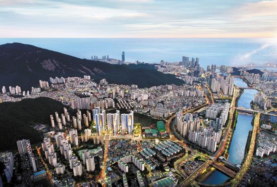 부산 대표 도시인 센텀시티와 단일 생활권으로 묶이게 될 반여지구에서 11월 선보일 예정인 센텀 KCC스위첸 광역 조감도.