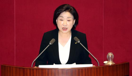 정의당 심상정 대표가 31일 오후 국회 본회의장에서 비교섭단체 대표연설을 하고 있다. 변선구 기자