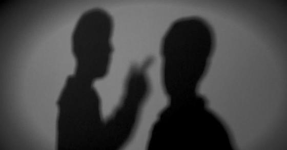 역무원과 은행원 등에 수십차례 걸쳐 모욕적인 언사를 하는 등 업무를 방해한 30대 취업준비생이 2일 항소심에서도 징역형을 선고 받았다. [연합뉴스tv제공=연합뉴스]
