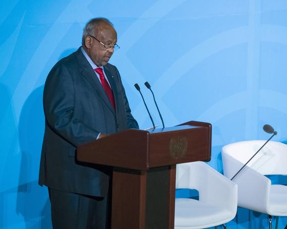 지부티의 이스마일 오마르 갤레 대통령이 지난 9월 23일 미국 뉴욕의 유엔총회장에서 연설하고 있다. [AP연합뉴스]