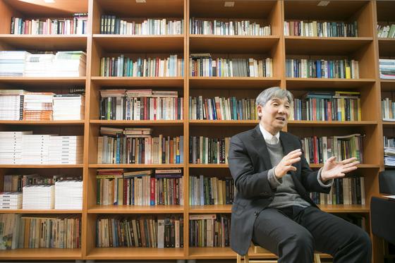이동수 공공대학원 교수.