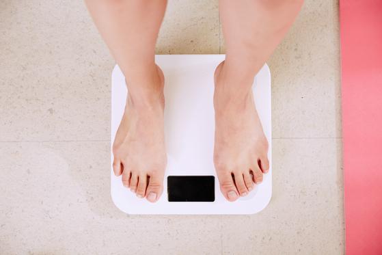 만 19세 이상 국내 성인 남녀 중 비만율은 30%가 넘는다. [사진 unsplash]