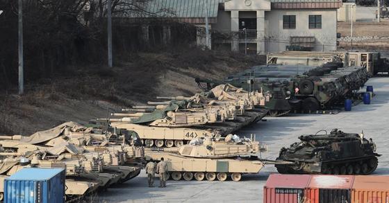 캠프 케이시에 있는 주한미군 전차. [연합뉴스]