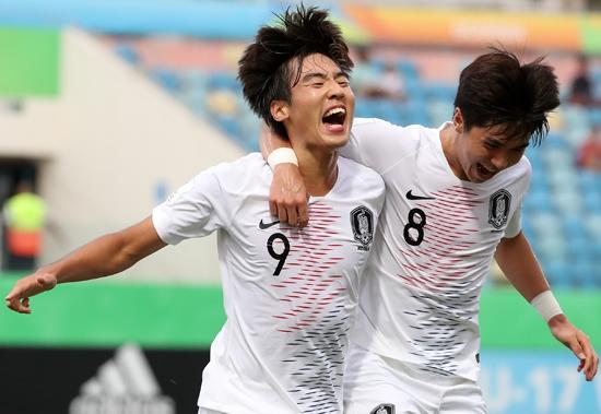 지난 5일 열린 FIFA U-17 월드컵 대한민국 대 앙골라 16강전. 최민서가 대한민국을 8강으로 이끄는 결승골을 넣은 후 기뻐하고 있다. 연합뉴스 제공