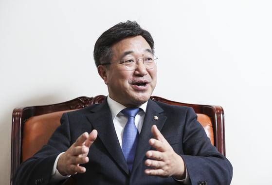 윤호중 민주당 총선기획단장