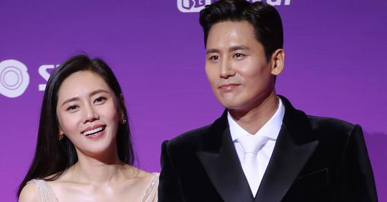 배우 추자현과 남편 중국 배우 위샤오광(于曉光). [일간스포츠]