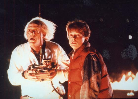 1985년, 백 투 더 퓨쳐라는 영화가 히트를 쳤다. [중앙포토]