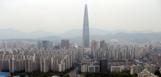 지난 4월 29일 서울 송파구의 아파트 밀집 지역 [연합뉴스]