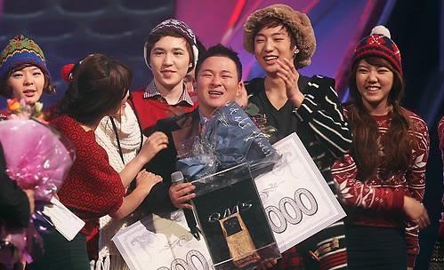 2010년 '슈퍼스타K2'에서 우승한 허각. 환풍기 수리공 출신으로 성공 신화를 썼다. [연합뉴스]