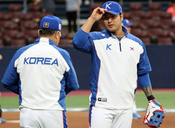 김경문 감독과 박병호. [연합뉴스]