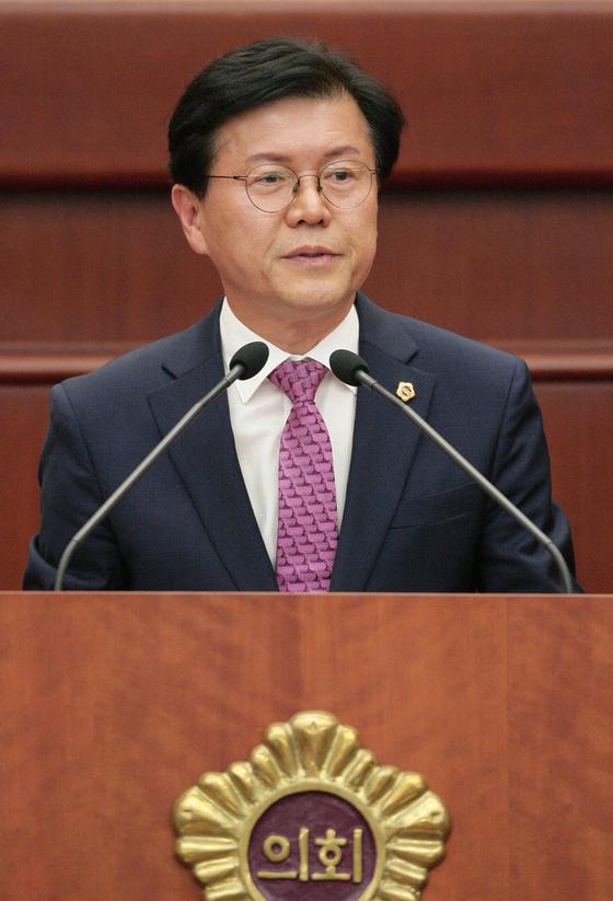 박용근 전북도의원(장수)이 지난 8일 열린 제368회 정례회에서 5분 자유발언을 하고 있다. [연합뉴스]