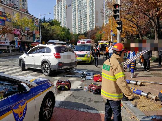 16일 오전 11시20분쯤 부산 해운대구 좌동 대동사거리에서 만취상태로 운전을 한 60대 남성이 교통사고를 내 횡단보도에 서 있던 60대 여성이 숨지고 3명이 다쳤다. [뉴스1]