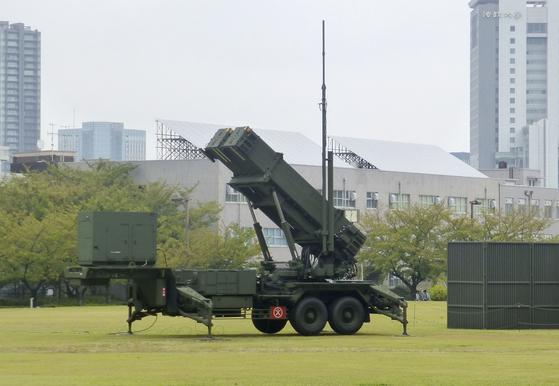 지난달 11일 일본 도쿄 방위성 부지 내에 패트리엇(PAC3) 요격미사일이 전개돼 있다. [연합뉴스]