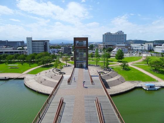 도야마(富山)시의 콤팩시티 전략은 성공사례로 꼽힌다. 일본의 도시정책의 흐름에 적합한 형태로 그 철학과 기본 방침이 일관성 있고 착실하게 추진되었기 때문이다. [사진 pxhere]