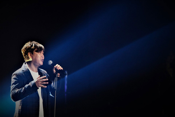 지난 8일 13집 '드림 투게더'를 발매한 가수 변진섭. [사진 J엔터테인먼트]