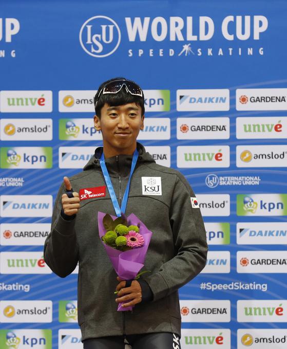 17일 스피드스케이팅 월드컵 1차 대회 남자 500m에서 금메달을 딴 김준호. [EPA=연합뉴스]