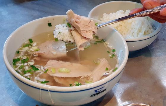 국밥은 직장인들에게 가장 친근한 식사 메뉴이자, 해장 음식이다. 한국인의 소울푸드다. 백종현 기자
