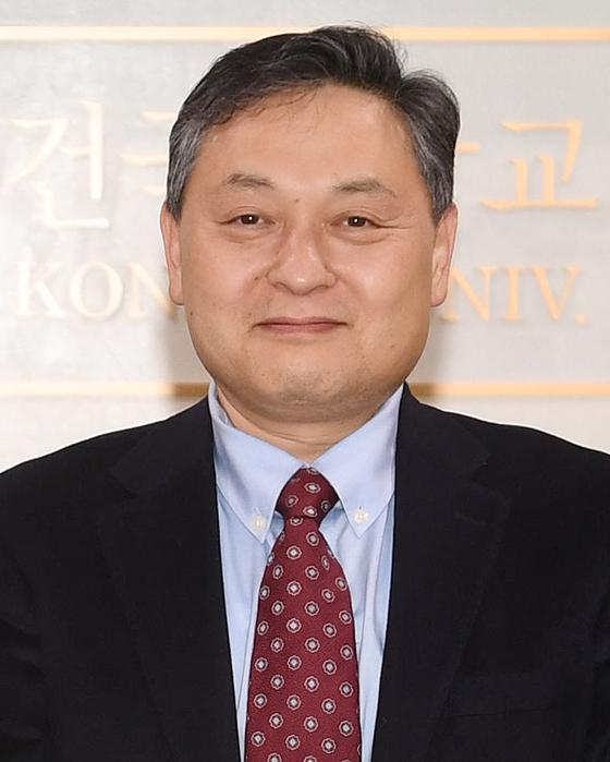권용수 건국대 교수, 추계학술대회서 한국인사행정학회장 선출