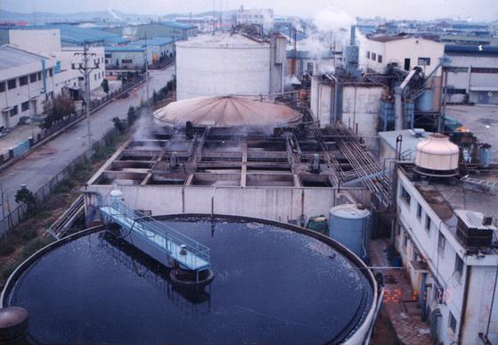 산업 폐수 처리시설 (기사 내용과 직접 관련 없음). [중앙포토]