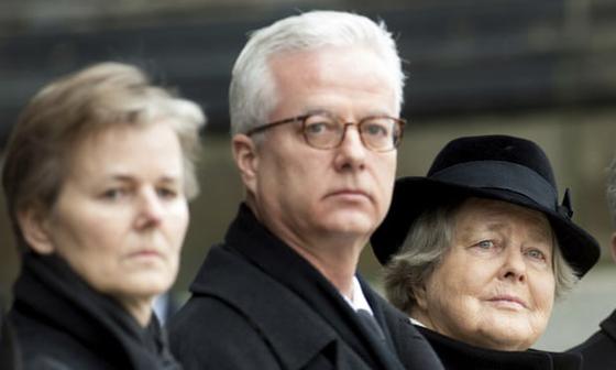 괴한의 흉기에 피습돼 사망한 프리츠 폰 바이츠제커(가운데)가 지난 2015년 아버지인 리하르트 폰 바이츠제커 전 대통령의 장례식에 참석한 모습. [AP=연합뉴스]