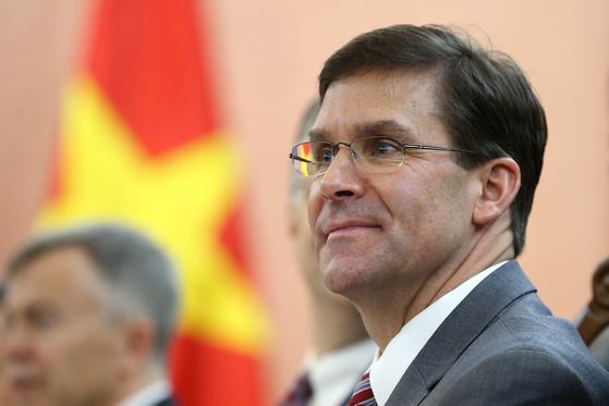 20일(현지시간) 미국·베트남 국방장관 회담에 참석한 마크 에스퍼 미국 국방장관[EPA=연합뉴스]