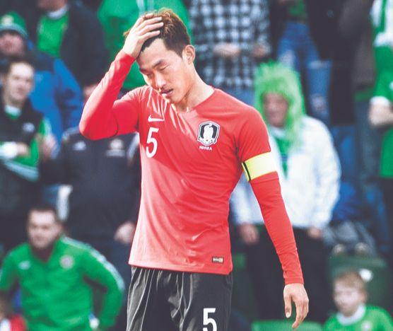 2014 인천 아시안게임 축구 금메달리스트 장현수는 병역 특례 봉사활동 서류를 조작했다가 적발돼 국가대표팀에서 퇴출당했다. [연합뉴스]