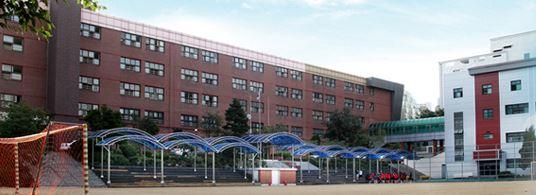 서울 강남구 압구정동에 있는 청담고 전경. [학교 홈페이지]