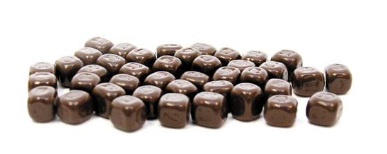건강 효능이 알려지며 하이 카카오 초콜릿 제품이 주목받고 있다. [사진 롯데제과]