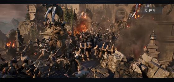 리니지2M 초반 도입부에는 반지의 제왕 등 헐리우드 영화를 연상케하는 대규모 전투신이 등장한다. [사진 리니지2M캡처]