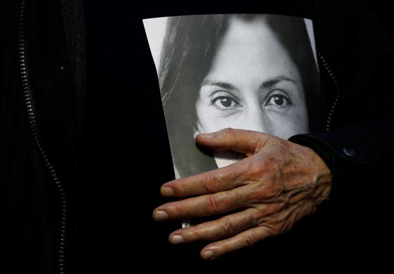 2년 전 피살된 기자 다프네의 사진 [로이터=연합뉴스]