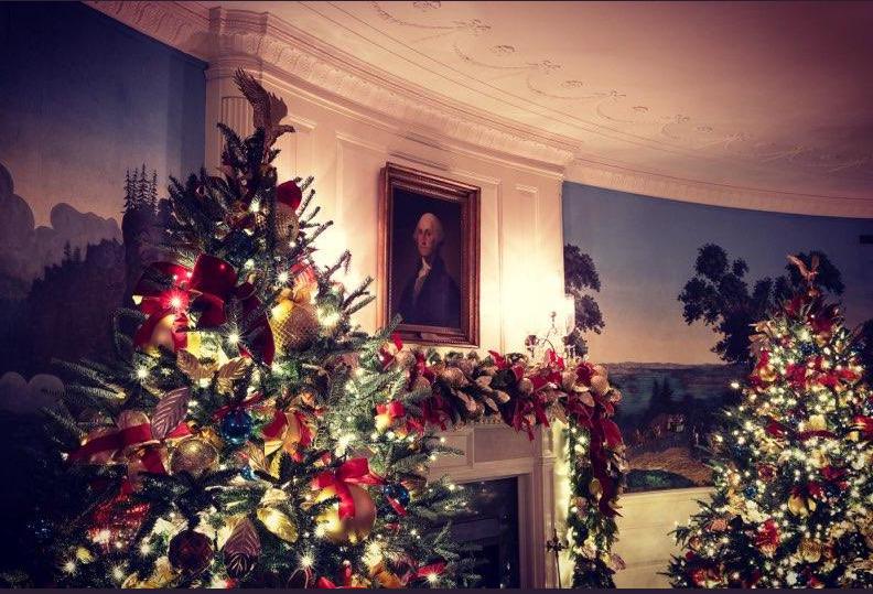 멜라니아 트럼프 여사가 2일(현지시간) 자신의 트위터에 소개한 백악관 크리스마스 장식. [사진 멜라니아 트위터]