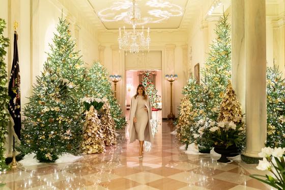 미국 영부인 멜라니아 트럼프가 공개한 백악관 크리스마스 장식 [멜라니아 트위터]