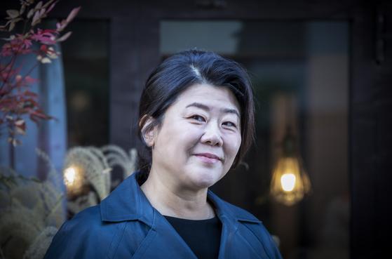 '기생충'부터 '동백꽃'까지 올 한해 동안 영화와 드라마를 오가며 열연한 이정은. 권혁재 사진전문기자