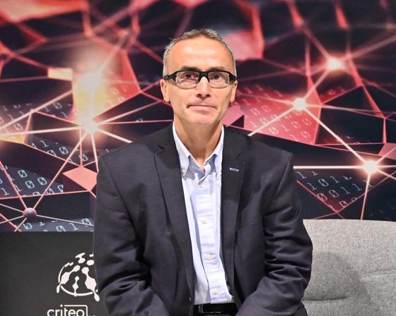 지난달 프랑스 파리에서 열린 크리테오 AI 연구소 행사에 참석한 J.B.뤼델 크리테오 대표. [사진 크리테오]