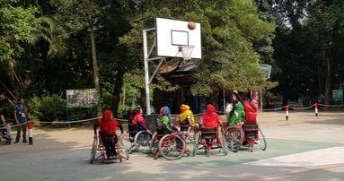 여성 휠체어 농구단이 연습하고 있다 [채인택 기자]