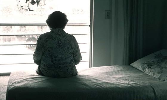 영국엔 외로움 문제를 전담하는 장관이 있다. 외로움은 영미권에서 질병으로 인식되는 추세다. [가디언 캡처]