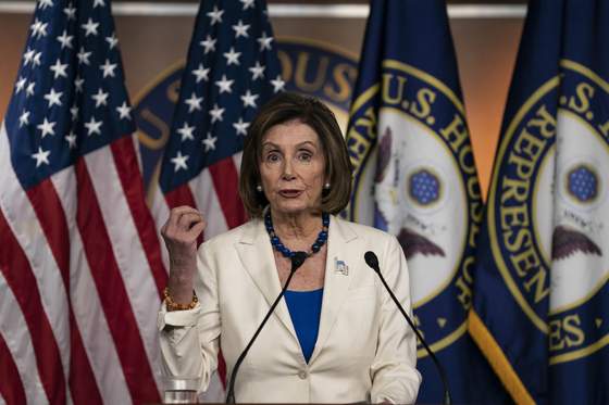 낸시 펠로시 미국 하원의장. 트럼프 대통령의 탄핵을 주도하고 있는 '무서운 언니'다. [AFP=연합]