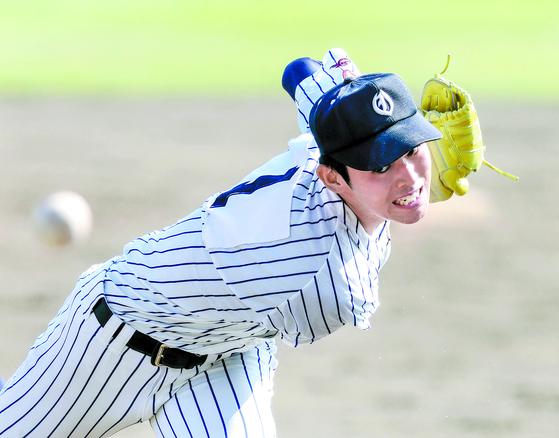일본 지바 롯데 신인 투수 사사키 로키는 시속 170㎞를 던지는 게 목표다. [AP=연합뉴스]