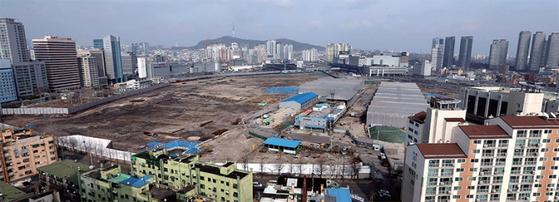사업 무산 직전인 2013년 3월 용산국제업무지구 개발 예정지인 용산역 정비창 모습.
