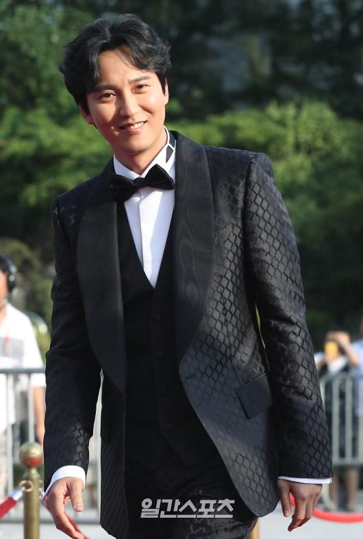 배우 김남길