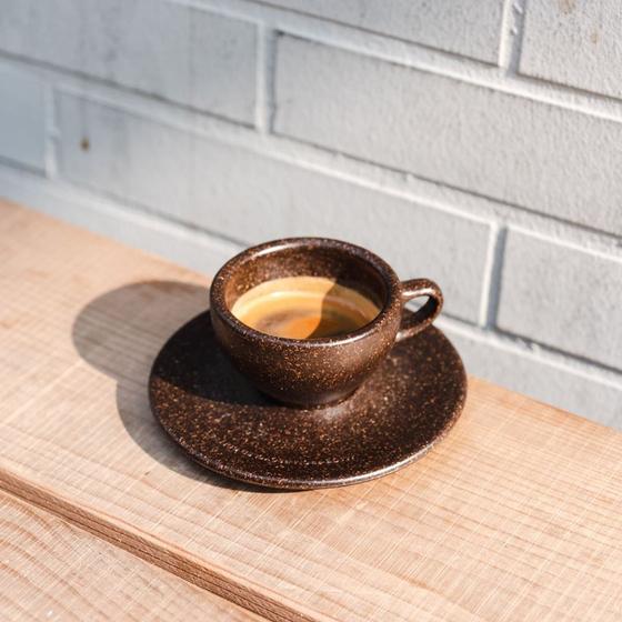 이 커피 한 잔을 만들기 위해 원두의 약 99.08%가 버려진다. 커피 찌꺼기를 활용하는 다양한 방법에 대해 알아봤다. [사진 카페폼 인스타그램]