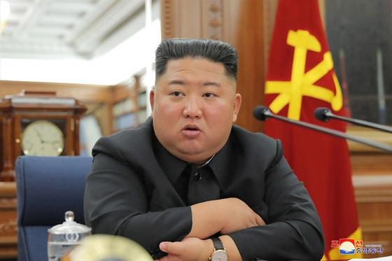 북한은 김정은 국무위원장이 주재한 가운데 제7기 제3차 확대회의를 열고 국방력 강화하기 위한 문제를 논의했다고 22일 조선중앙통신이 보도했다. [연합뉴스]