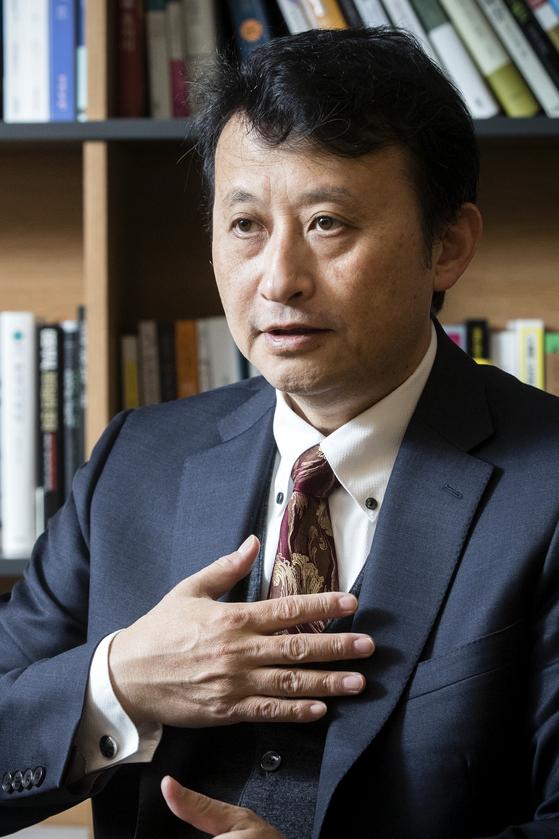 일본 사사카와 평화재단의 오하라 본지 선임연구위원이 17일 오전 중앙일보에서 인터뷰하고 있다. 장진영 기자